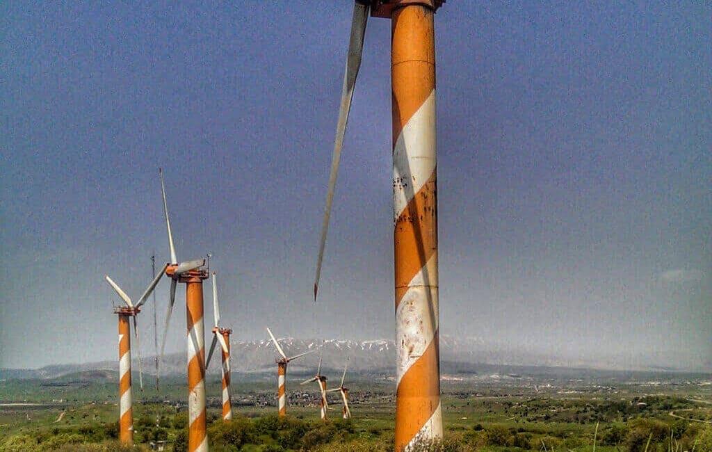 Golan-wind-farm-turbines-p