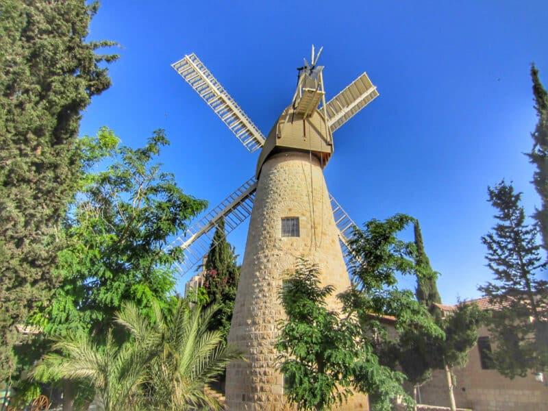 Mishkenot-Shananim-windmill