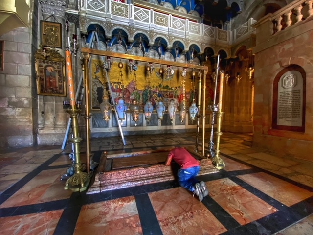 holy-sepulchre-stone-of-unction