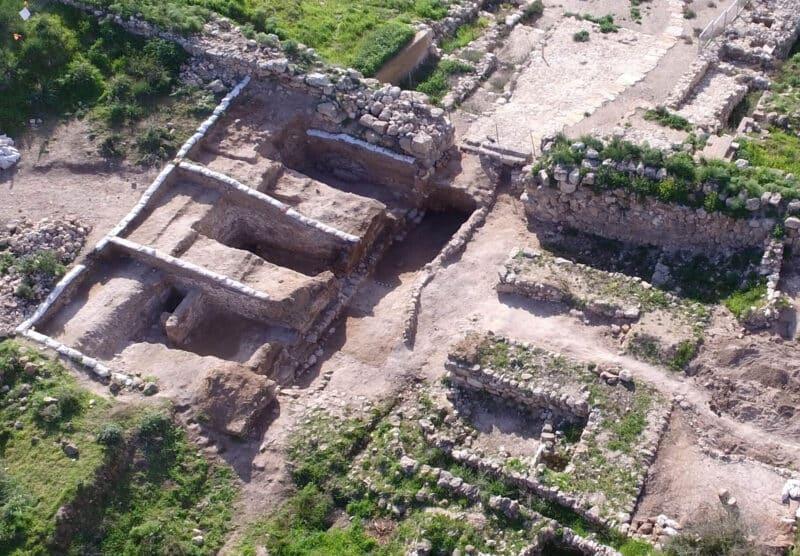 lachish-gate