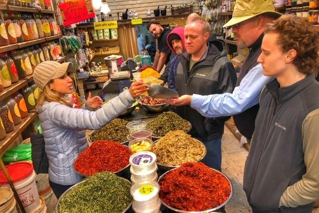 mahane-yehudah-market-tasting-tour