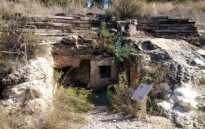 modiin-burial-cave-riklin