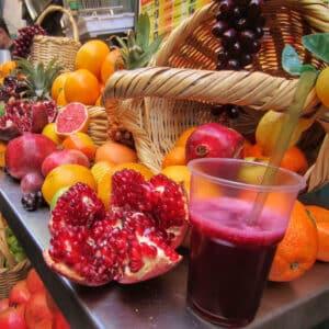 pomegranatpomegranate-juicee-juice