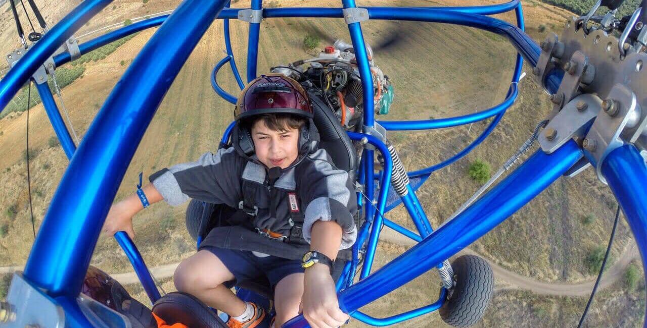 powered-parachute-flight-bakai-Caesarea