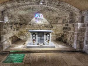 saint-joseph-church-nazareth-crypt