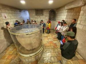 stone-jar-wedding-church-cana