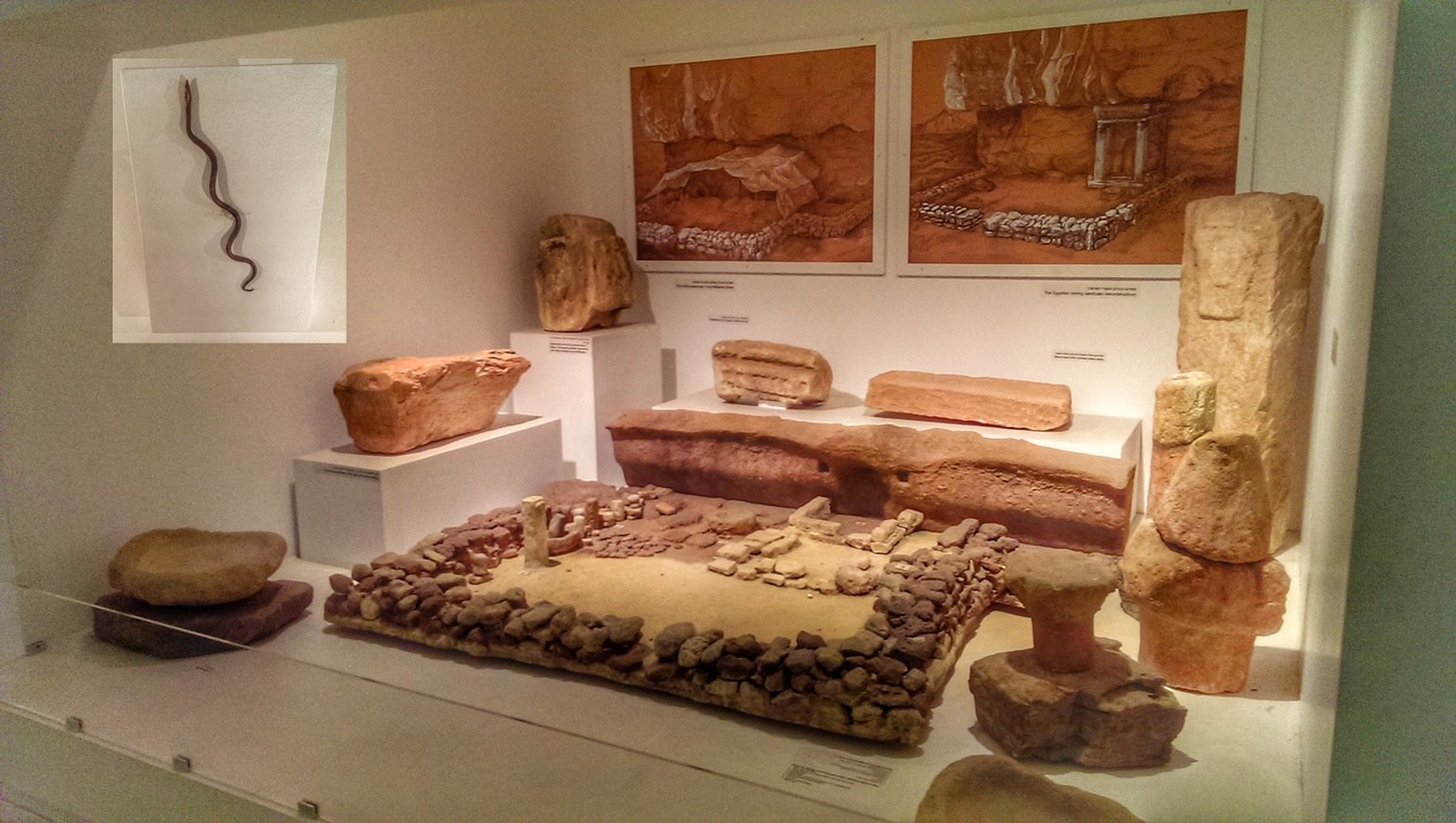 timna-temple-and-copper-serpent-eretz-israel-museum