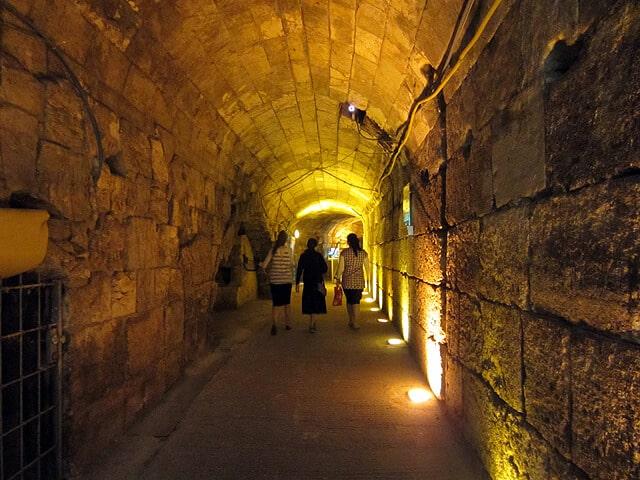 western-wall-tunnels