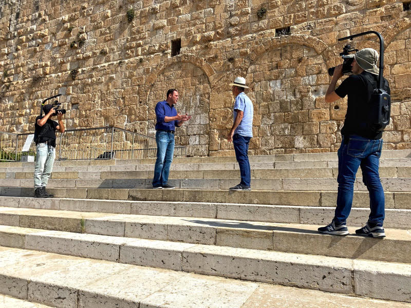 with erick at the southern wall